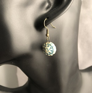 Turquoise circular patterned earrings