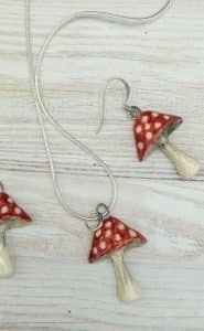 Red and white spotted mushroom ceramic jewellery set